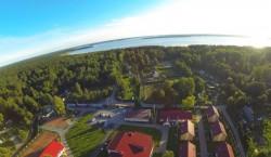 База отдыха «Розовая дача» в Приозерском районе у озера Отрадное